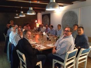 Comida empresarios italianos en Al Pomodoro